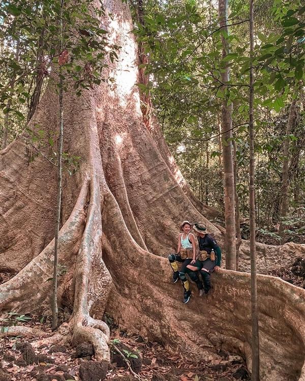 Băng Di và bạn trai doanh nhântrekking rừng Nam Cát Tiên - 5