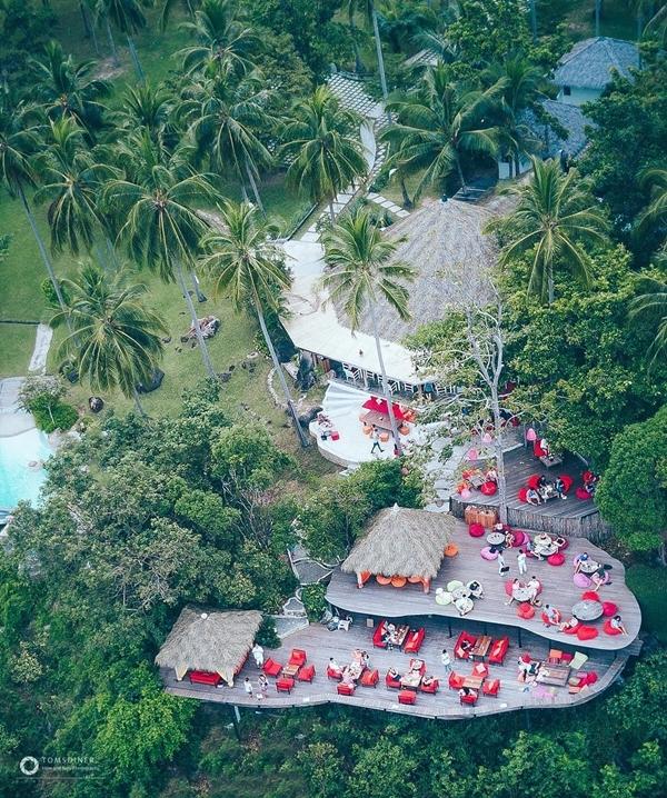 Văn Lâm đi nghỉ trong resort giữa rừng ởThái Lan - 2