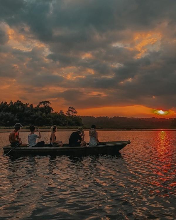 Băng Di và bạn trai doanh nhântrekking rừng Nam Cát Tiên - 7
