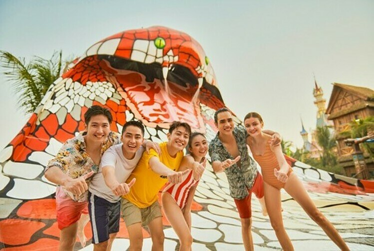 Thời gian tới, du khách còn có thể khám phá Cung điện Hải vương – một trong 5 thủy cung lớn nhất thế giới.