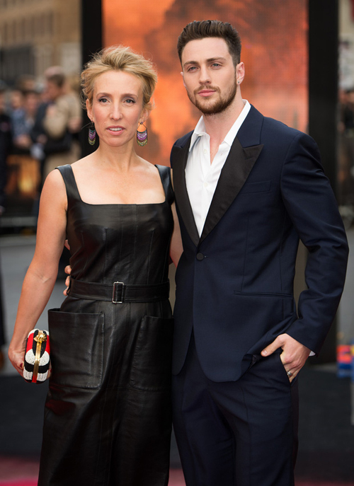 Sam và Aaron Taylor-Johnson.