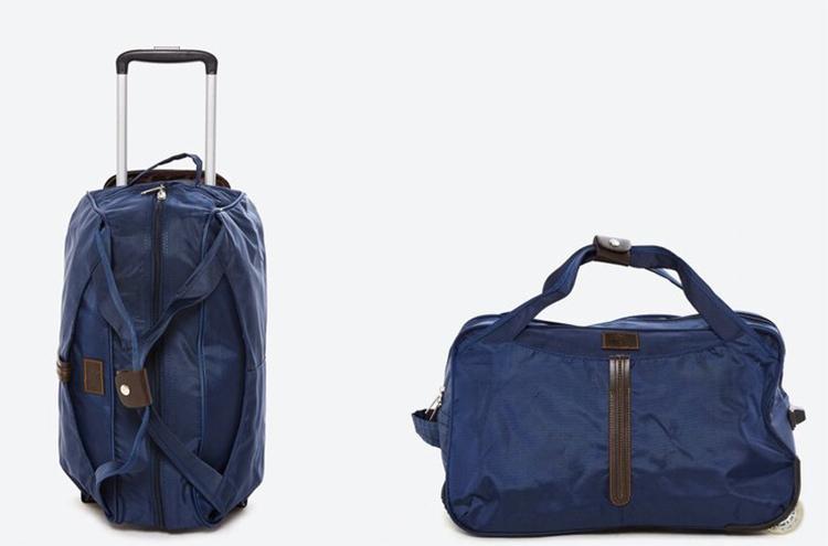 Túi kéo du lịch DMTB004nhãn hiệu Doma,được làm từ vải bố, lót lớpdùchống ẩm và chống thấm nước. Túi có quai xách đồng thời trang bịcần kéo mạ crom, gồm 2 thanh giúp giữ thăng bằng, có thể kéo đẩy dễ dàng. Kích thước túi là 32 x 20 x 50 cm, ngăn chứa lớn để bạn thỏa sức mang theo những vật dụng cần thiết khi đi chơi, du lịch hay những chuyến công tác dài ngày. Sản phẩm có 4 mẫu với các màu đen, đỏ, cam, tím, bảo hành 12 tháng, đang giảm giá 34% còn 790.000 đồng