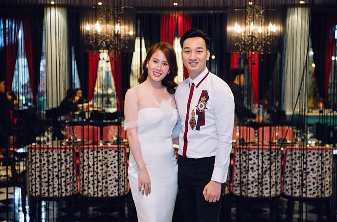 Cuộc sống sung túccủa vợ chồng MC Thành Trung