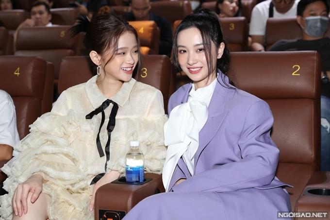 Hot girl Linh Ka dự sự kiện cùng đàn chị Jun Vũ.