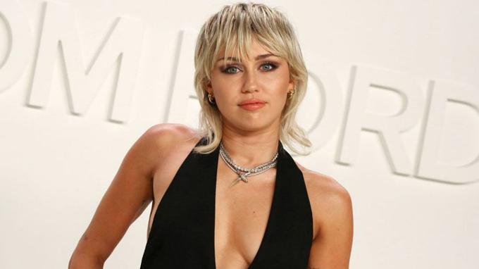 Ca sĩ Miley Cyrus.