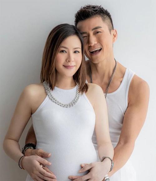 Trần Sơn Thông hiện tại cảm thấy hài lòng với cuộc sống hôn nhân bên bà xã Apple. Người vợ này của anh không hoạt động trong showbiz.
