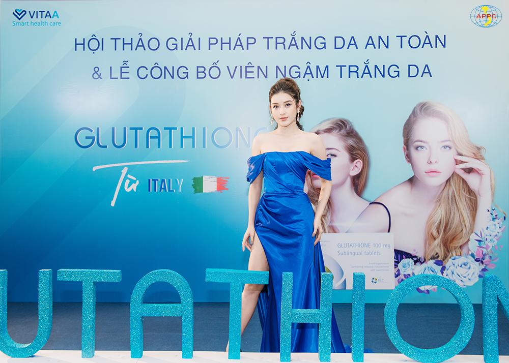 Á hậu Huyền My là khách mời tại sự kiện giới thiệu viên ngậm trắng da Glutathione.