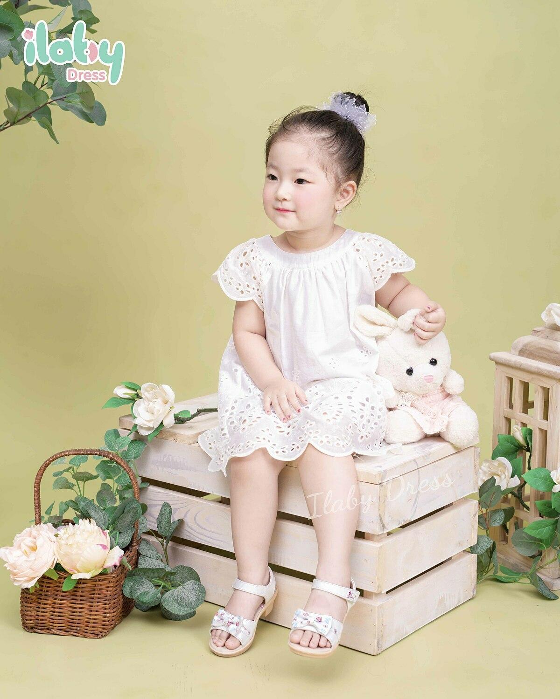 Đại diện ILaby cho biết, thương hiệu hoạt động với mục tiêumang đến cho bé sự thoải mái, an toàn những vẫn thời trang và tiện dụng, giúp ba mẹ tiết kiệm thời gian trong việc chăm sóc bé. Theo đó, trong suốt 2 năm hoạt động, ILaby luôn chú trọng việcmang đến những sản phẩm và dịch vụ tốt cho khách hàng.