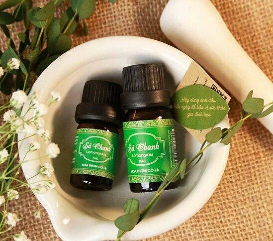 Tinh dầu sả chanh - Lemongrass Essential Oil 5ml - hoa thơm cỏ lạ giảm 50% còn 55.000 đồng; hương thơm thư giãn, giúp giảm căng thẳng mệt mỏi.