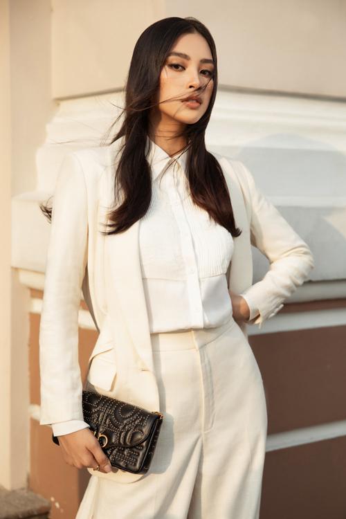 Hoa hậu Đỗ Mỹ Linh, Tiểu Vy đọ street style