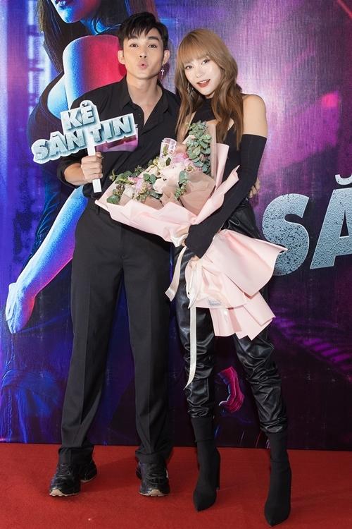 Jun Phạm hỗ trợ Minh Hằng với vai trò khách mời trong phim.