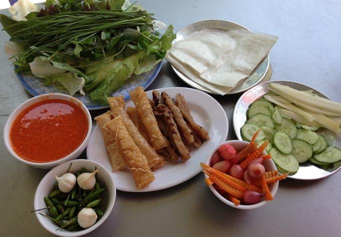 Địa chỉ cuối tuần: 5 quán nem nướng nổi tiếng ở Nha Trang