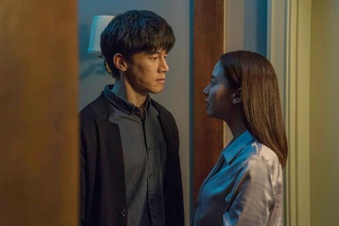 Sự căng thẳng đến từ cuộc đấu trí giữa hai anh em Seo Jin - Yu Jin.