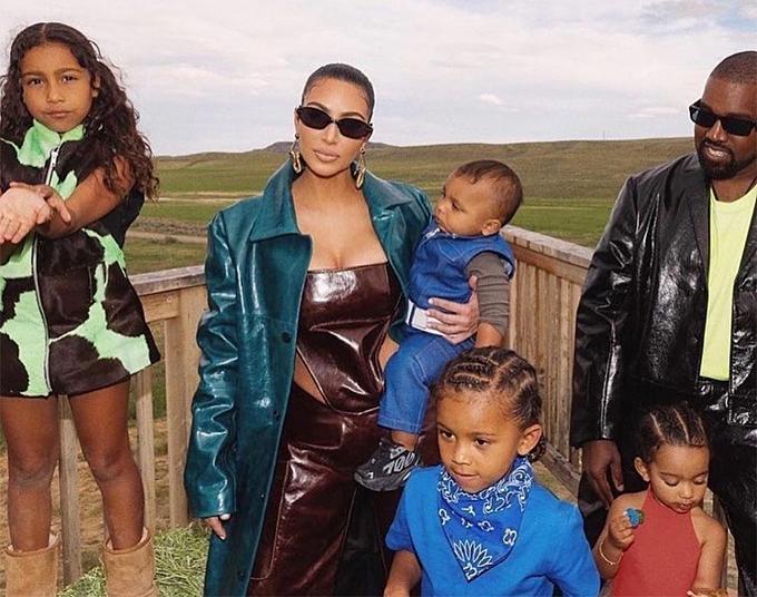 Cặp sao và bốn nhóc tỳ sẽ đến sống ở Wyoming thường xuyên.