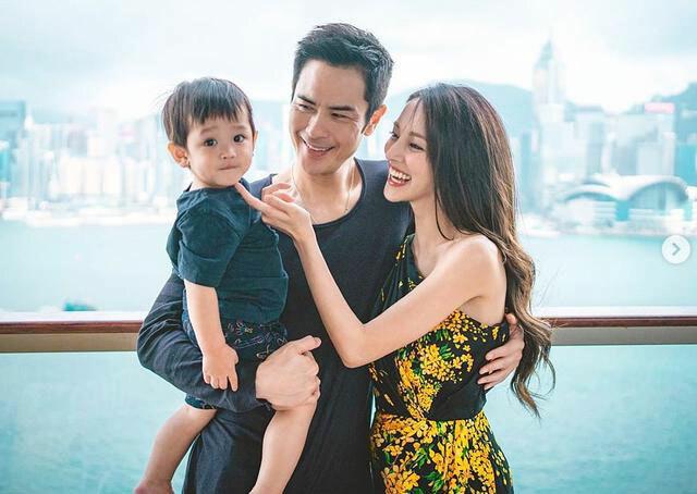 Vợ Trịnh Gia Dĩnh bế bầu 6 tháng đi sự kiện  - 12