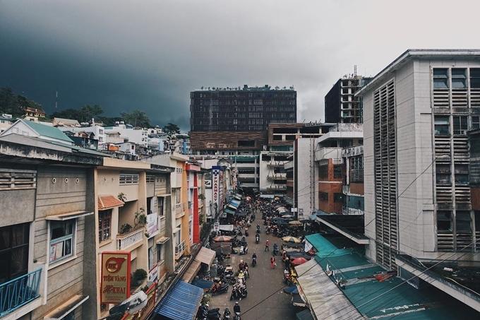 Góc Hong Kong bên hông chợ Đà Lạt - 2