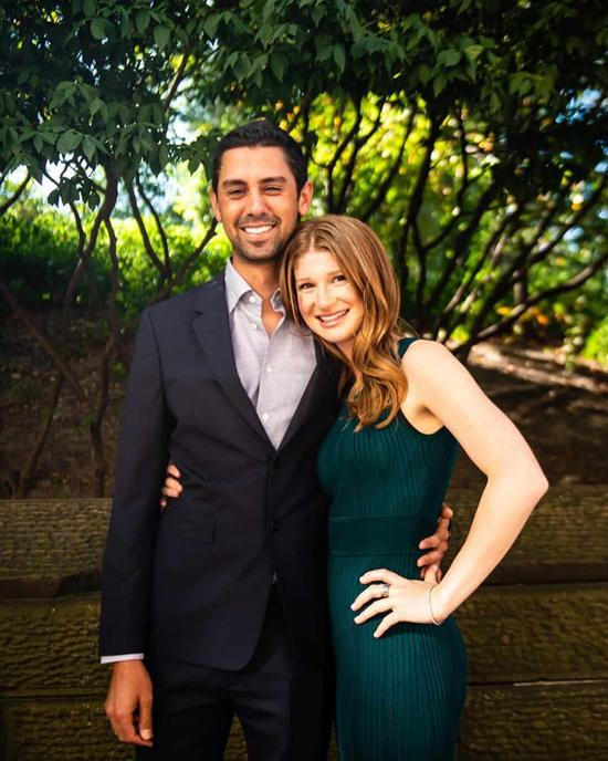 Jennifer và vị hôn phu Nayel Nassar. Ảnh: News.