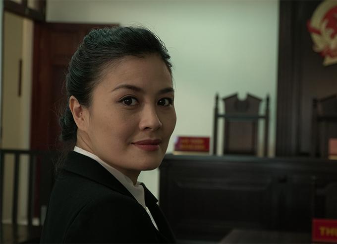 Tạo hình của nhân vật Thùy Dung do Hoa Thúy đảm nhận trong phim Lựa chọn số phận.