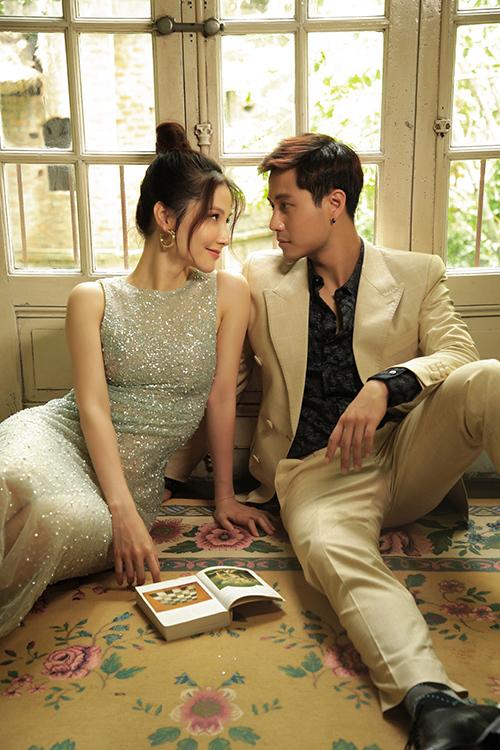 Sơn là giám đốc pháp chế của tập đoàn bất động sản do Linh làm giám đốc kinh doanh. Không những thế, chuyện tình cảm của họ còn được hai ông bố vốn là bạn vong niên hết lòng vun vén.