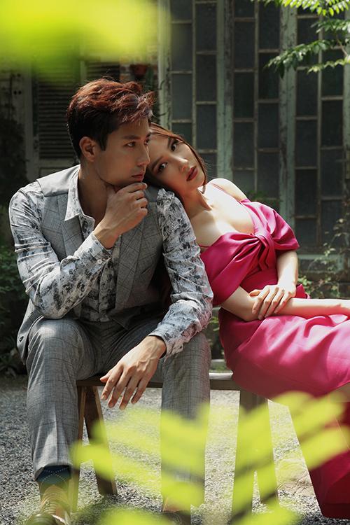 Thanh Sơn và Diễm My 9X ngoài đời rất thân nhau. Ở phim trường, anh luôn biết cách khiến cô cười bằng nhiều trò hài hước.