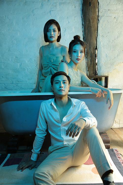 Thanh Sơn, Thùy Anh và Diễm My 9X vừa rủ nhau thực hiện một bộ ảnh lấy cảm hứng từ chuyện tình tay ba của họ trong phim Tình yêu và tham vọng.