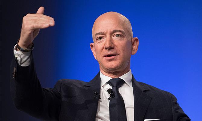 Jeff Bezos lập kỷ lục mới về độ giàu