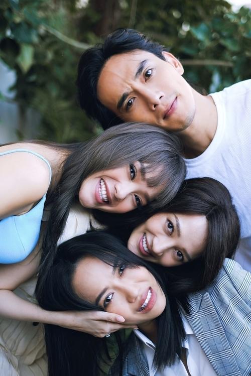 Thuận Nguyễn, Minh Hằng, Bảo Anh và Diệu Nhi đóng một nhóm bạn thân.