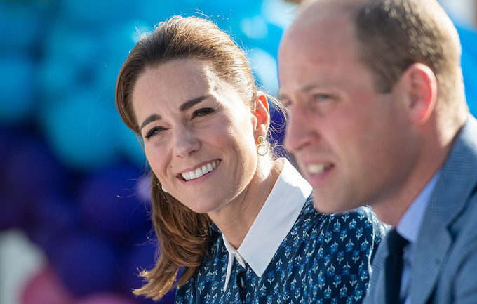 Kate Middleton dresses in NHS blue as she and Prince William visit Norfolk hospital to mark the health services 72nd birthday - 16