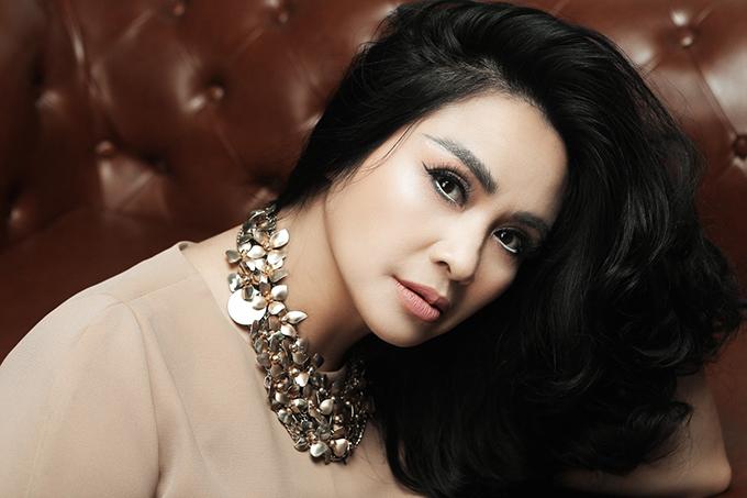 Ca sĩ Thanh Lam thu hút người đối diện bởi gương mặt cân đối