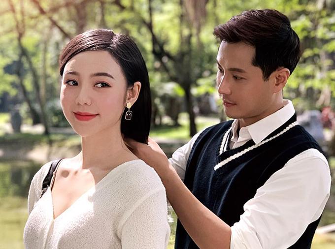 Vì đóng cặp quá ăn ý, Quỳnh Kool và Thanh Sơn bị đồn phim giả tình thật. Tuy nhiên, nữ diễn viên phủ nhận và cho biết nam diễn viên chỉ là một người anh trong nghề của mình. Cô rất hạnh phúc vì cặp đôi Duy - Ngọc nhận cảm tình lớn từ khán giả.