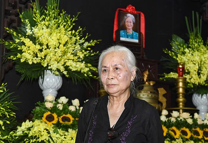 Nghệ sĩ Ngọc Thoa chưa từng đóng chung phim với nghệ sĩ Hoàng Yến nhưng ấn tượng sâu sắc về sự đức độ, hiền lành của người bạn cùng thời.