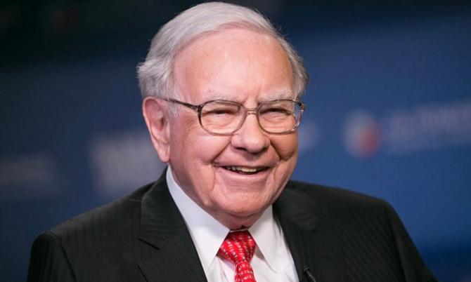 Tỷ phú Warren Buffett là một trong những nhà từ thiện lớn nhất thế giới. Ảnh: Bloomberg.