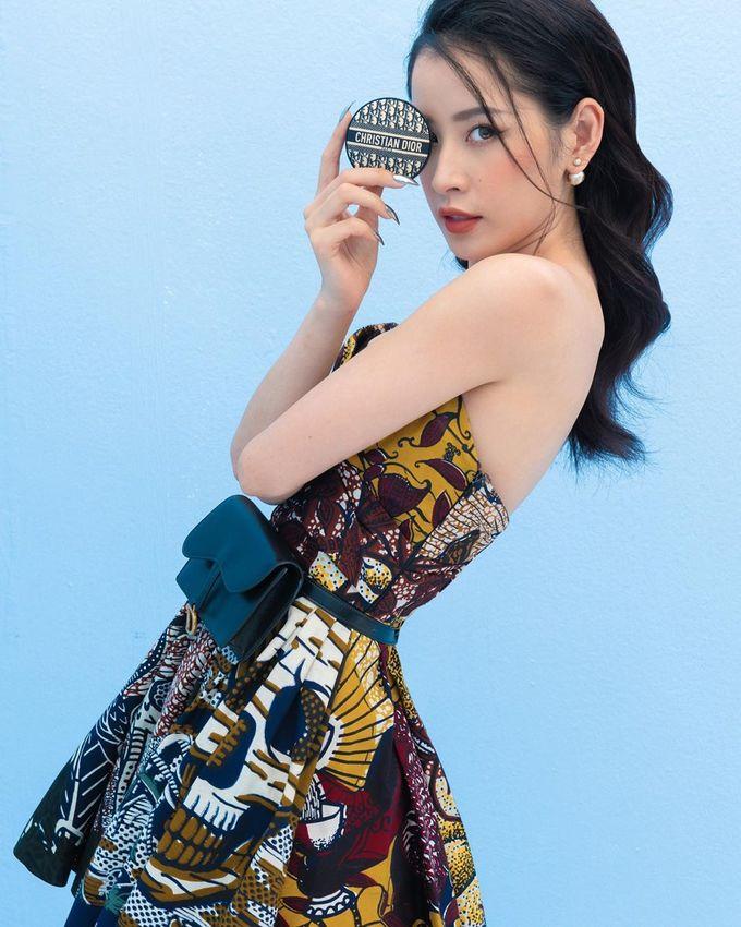 Những bộ nails nhọn hoắt, sắc lẹm của sao Việt