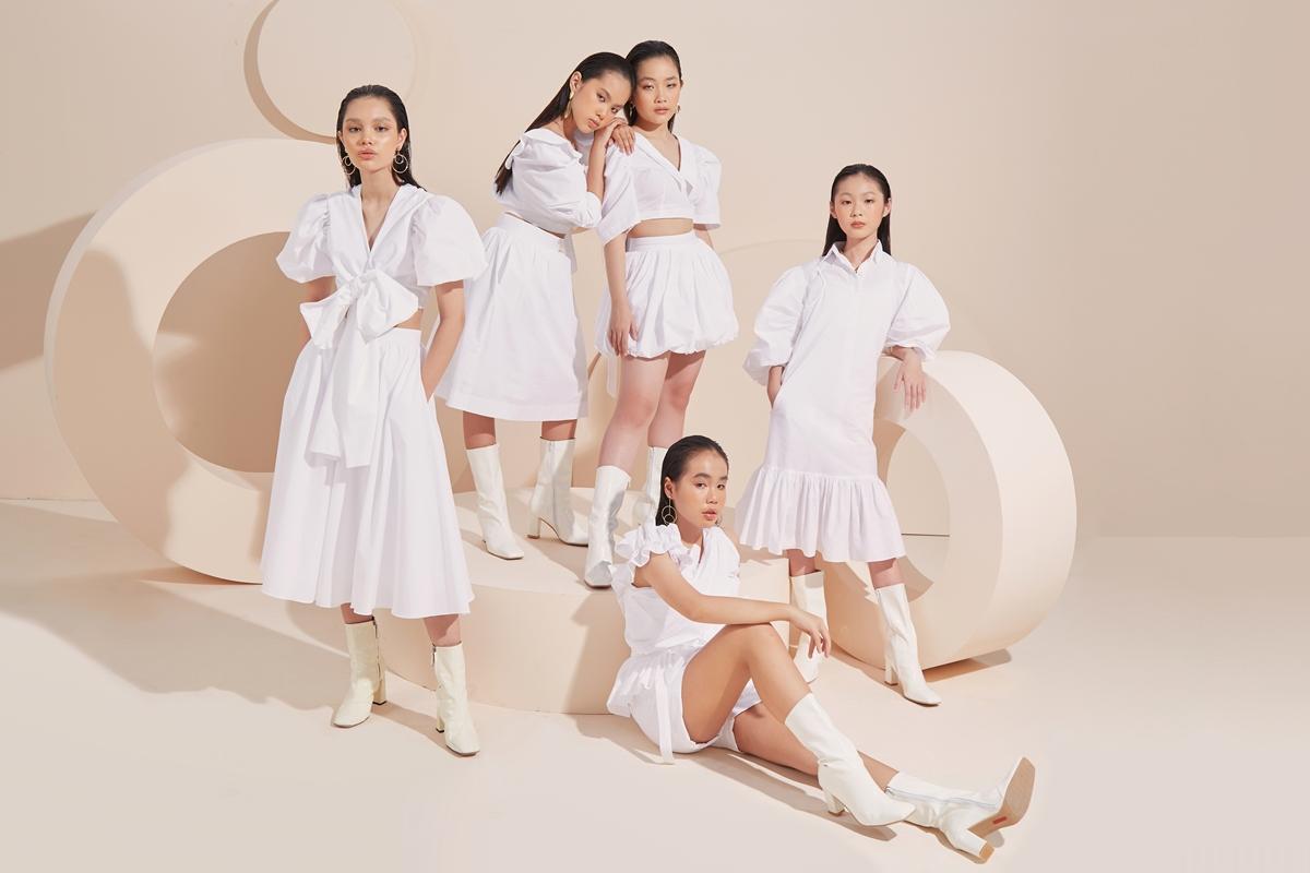 Họa tiết nơ 3D, váy suông có cồ sơmi... đi cùng gam màu trắng tinh khôi cũng là điểm nhấn khác của bộ sưu tập.