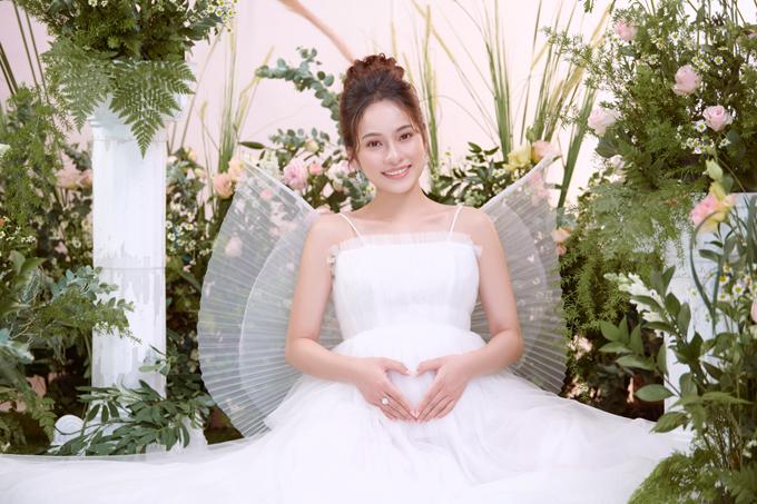 Sara Lưu giữ tâm trạng hồi hộp khi các con sắp chào đời.