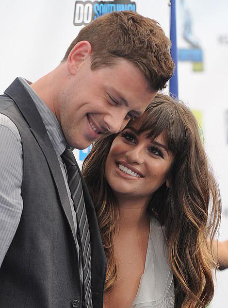 Cory Monteith và Lea Michele từng là đôi uyên ương đẹp cả ở trong phim lẫn ngoài đời.