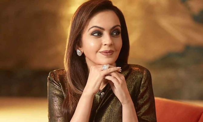 Nhan sắc bà Nita ở tuổi ngoài 50. Ảnh: India Today.