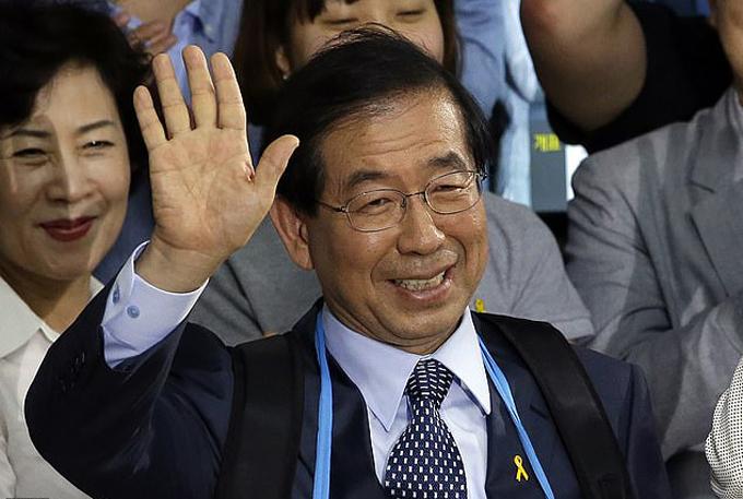 Ông Park Won-Soon, thị trưởng Seoul, trước khi qua đời. Ảnh: AP.