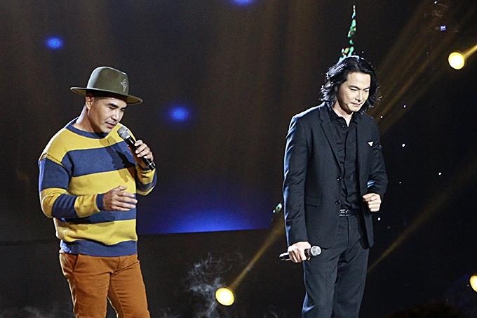 Ởphần thi 'Song đấu'. Quách Ngọc Ngoan và diễn viên Trung Dũng có màn cạnh tranh nhau khi lần lượt thể hiện bài hát cùng với ban nhạc. Giọng hát nội lực cùng cách xử lý tinh tế của hai nghệ sĩ khiến cả khán phòng như vỡ tung theo từng câu hát.