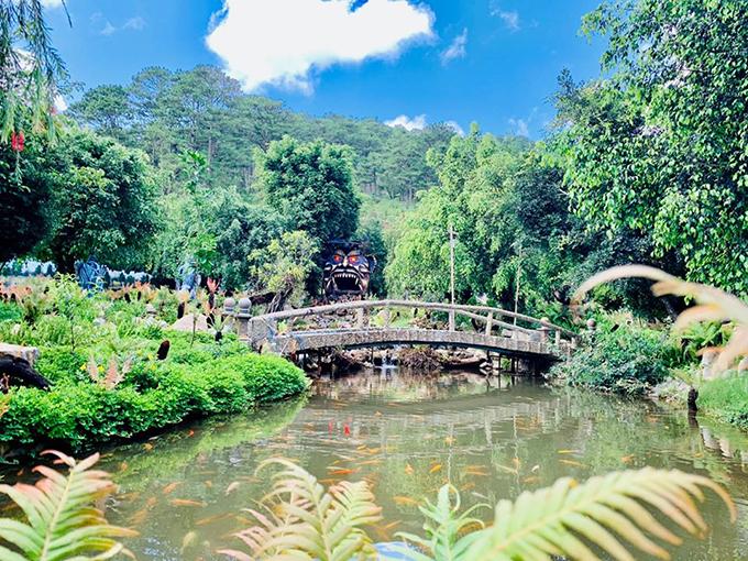 Khu du lịch ma quỷ ở Đà Lạt bị ném đá dù mới khai trương - 16
