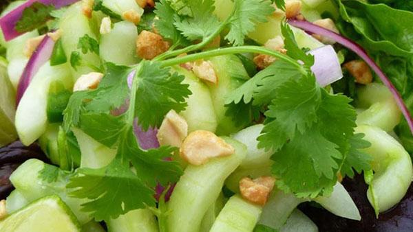 salad-dua-chuot-kieu-thai
