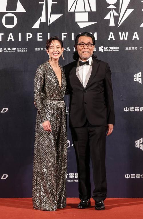 Trương Quân Ninh và ông Lý Bình Tân, Chủ tịch Hiệp hội Điện ảnh Đài Bắc.