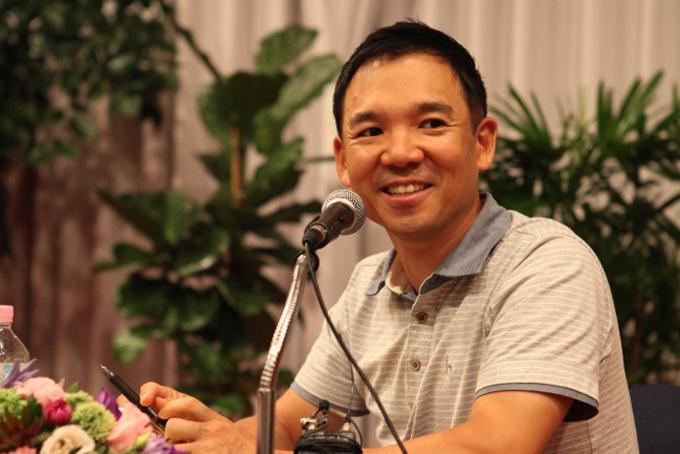 3. Kim Jung-ju, 52 tuổi, Nhà sáng lập công ty game trực tuyến Nexon- Tổng tài sản 9,6 tỷ USD, tăng3,3 tỷ USD so với năm 2019Kim Jung-ju là người sáng lập công ty game trực tuyến Nexon và chủ tịch NXC, công ty mẹ của Nexon. NXC nắm giữ 83% Korbit, một sàn giao dịch tiền điện tử có trụ sở tại Seoul. Năm 2018, ông Kim cam kết đầu tư 93 triệu US D cho các công ty khởi nghiệp và tuyên bố rằng ông sẽ không cho con cái thừa kế cổ phần tại công ty. Ảnh: Korea Times.