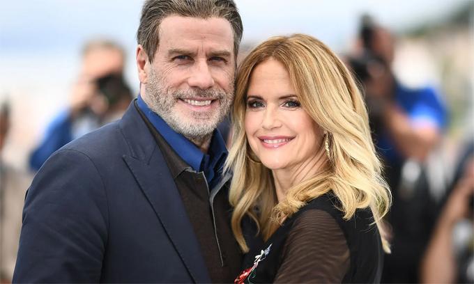 Kelly Preston bên chồng - tài tử John Travolta - tại lễ ra mắt phim Gotti của cô năm 2018. Ảnh: AFP.
