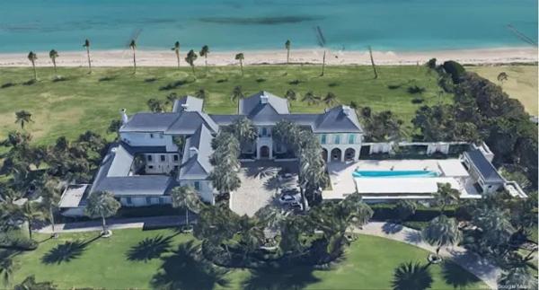 Biệt thự bên bờ biển ở Florida của gia đình Nicola Peltz.