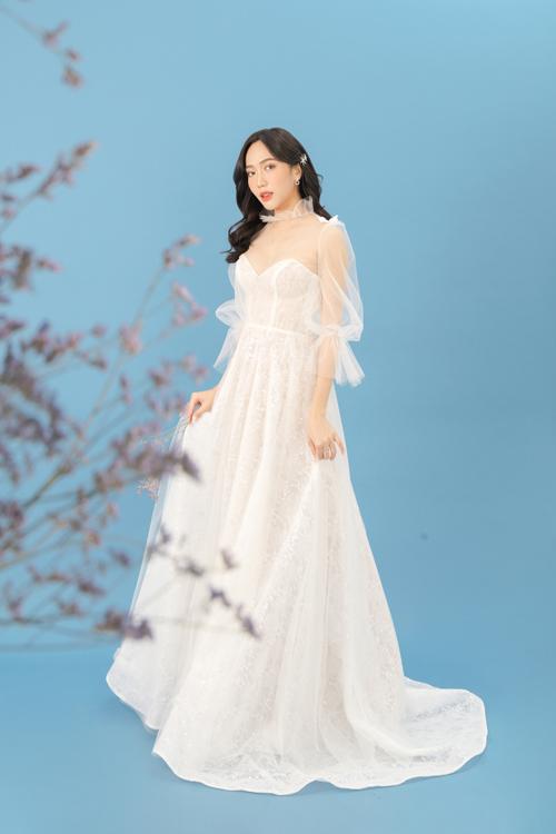 Diễn viên Diệu Nhi mới có dịp hóa thành cô dâu trong một bộ ảnh thời trang. Chị diện váy cưới đắp ren, lấy cảm hứng sáng tạo từ váy của quý tộc châu Âu thời xưa.