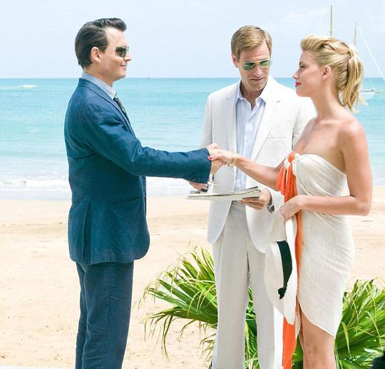 Johnny Depp và Amber Heard gặp gỡ khi đóng phim The Rum Diary năm 2012 (ảnh).