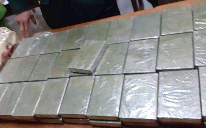 Số ma túy mà nhóm của Trung tham gia vận chuyển. Ảnh: C.A
