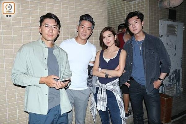 Dàn diễn viên phim Nhật ký trinh sát gồm Viên Vỹ Hào, Lê Nặc Ý, Huỳnh Trí Văn, Vương Hạo Tín (từ trái sang) phải làm xét nghiệm Covid-19.