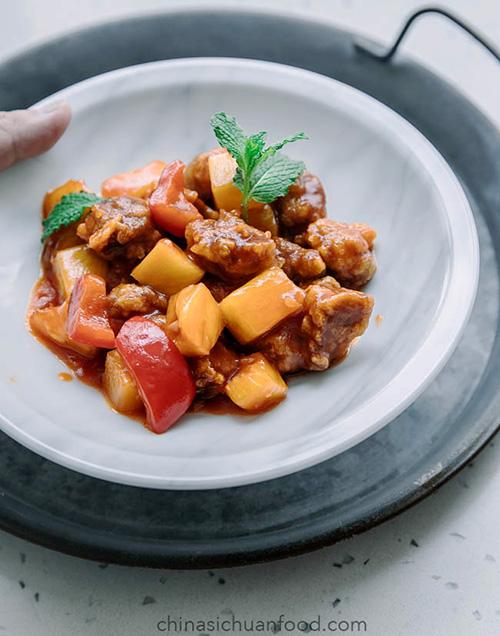 Thịt lợn sốt chua ngọt